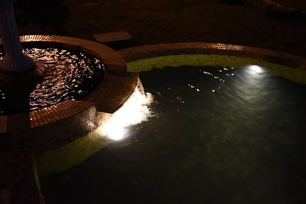 Подсветка пруда